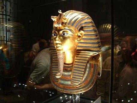 Археологи нашли две тайные комнаты в гробнице Тутанхамона