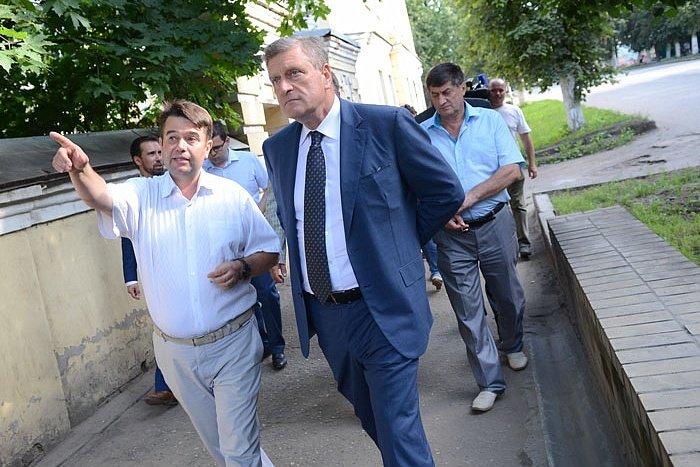 Игорь Васильев провёл встречу спромышленниками Слободского