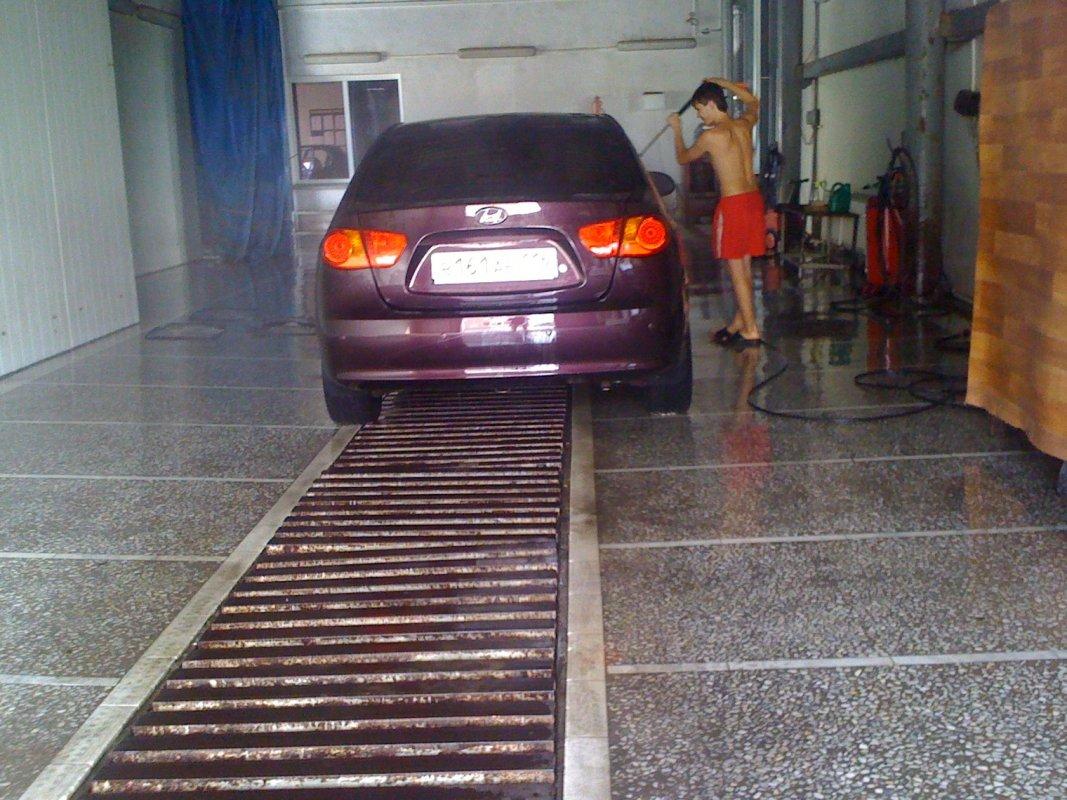 ВВятских Полянах работник автомойки похитил изиномарки 205 тыс. руб.