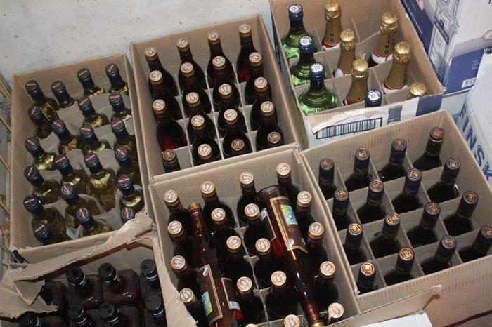 Красноярские полицейские изъяли изнезаконного оборота 184 литра алкоголя