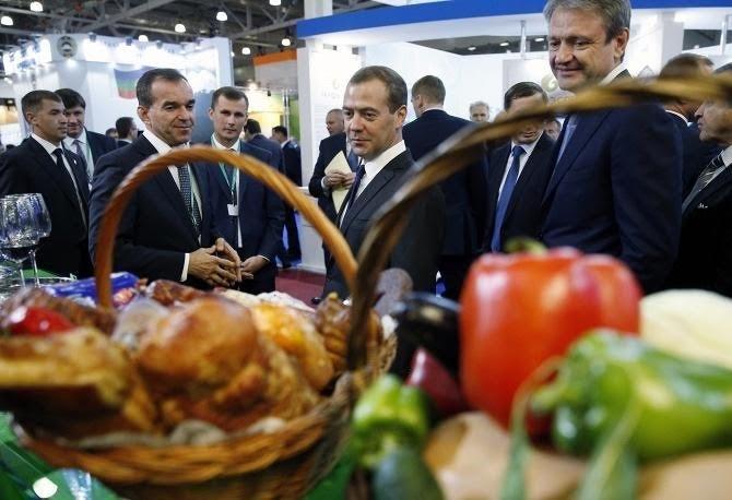 Медведев обсудит новый законодательный проект сдачниками