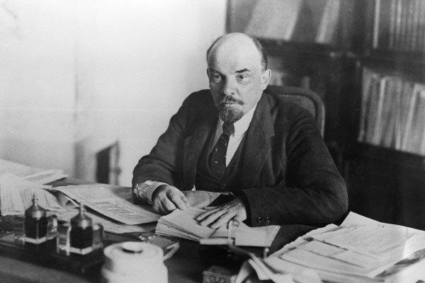 Американские ученые назвали Ленина мутантом с«окаменевшим» мозгом