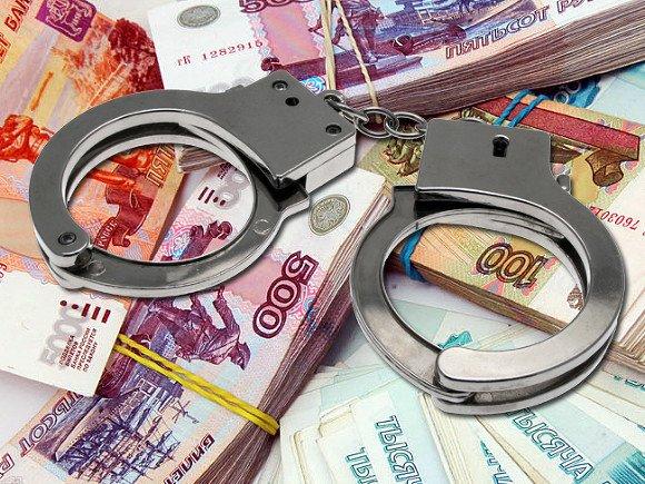 ВКирове полицейский подозревается вмошенничестве