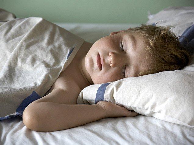 Качество сна вдетстве влияет наразвитие алкоголизма— Ученые