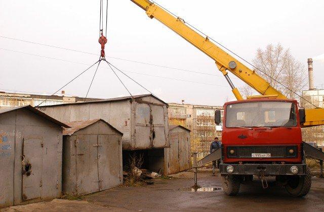 ВНововятске снесут нелегальные гаражи исараи