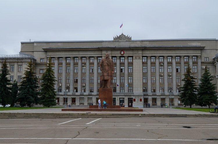Врио губернатора желает оформить кНовому году Театралку как Красную площадь