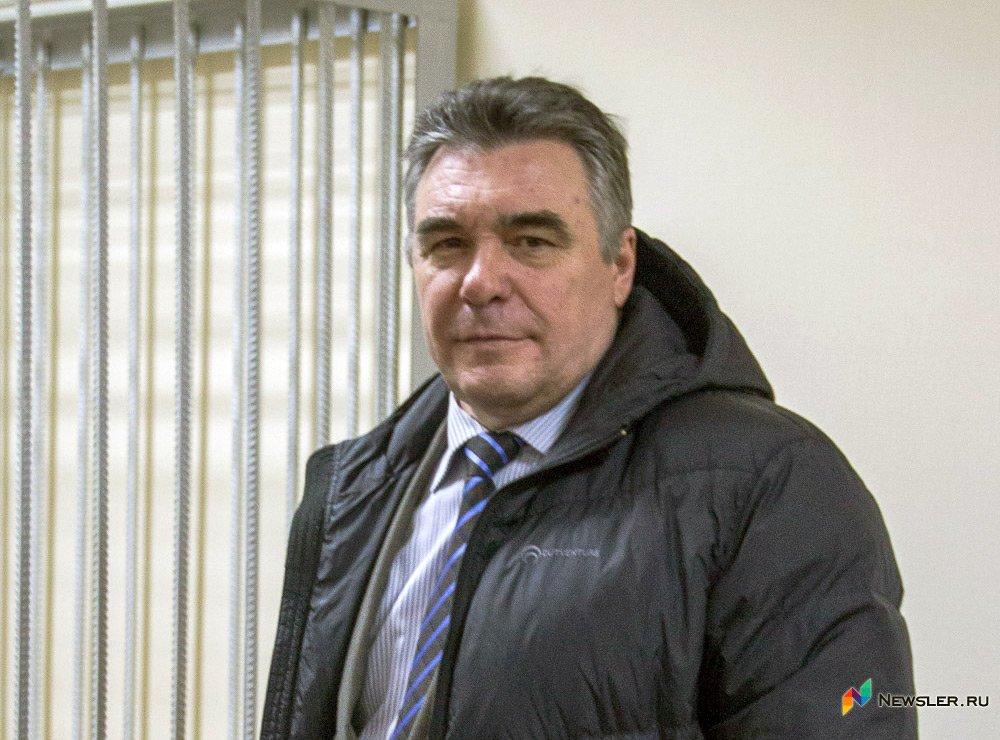 Прежнего топ-менеджера «Газпрома» Юрия Кинцлера приговорили к4,5 годам колонии