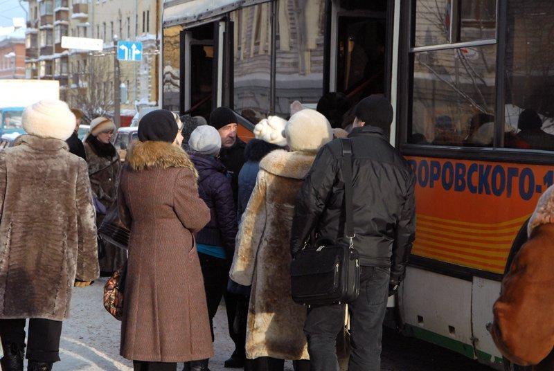 Стоимость проезда вавтобусах итроллейбусах вКирове поднимут сфевраля