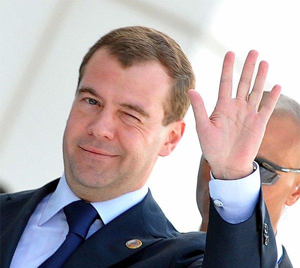 ВКиров приедет премьер Д. Медведев