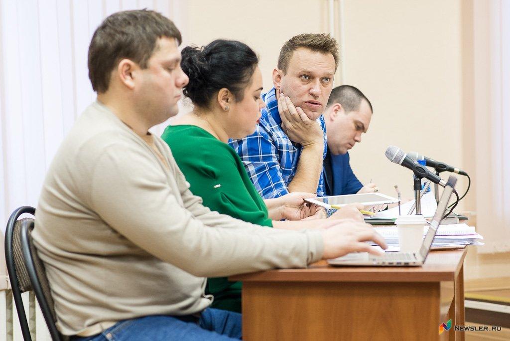 Защита Навального обжаловала 5-летний условный срок поделу «Кировлеса»