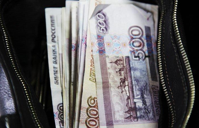 ВКирове упосетительницы клуба украли 40 тыс. руб.