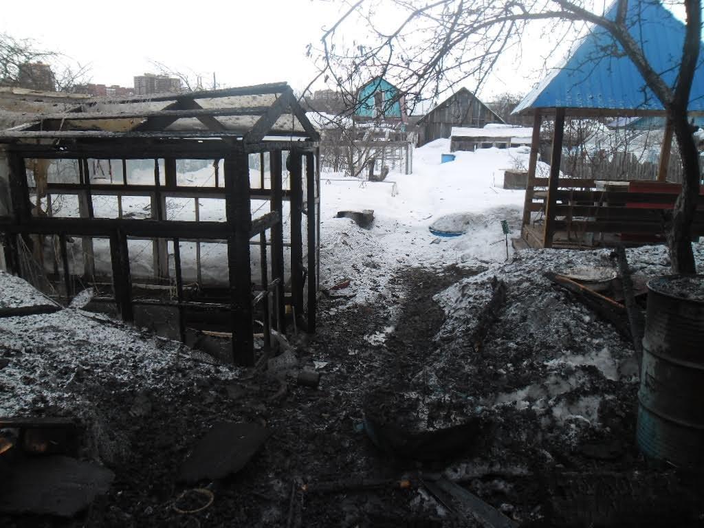 ВКирове школьники сожгли три садовых домика