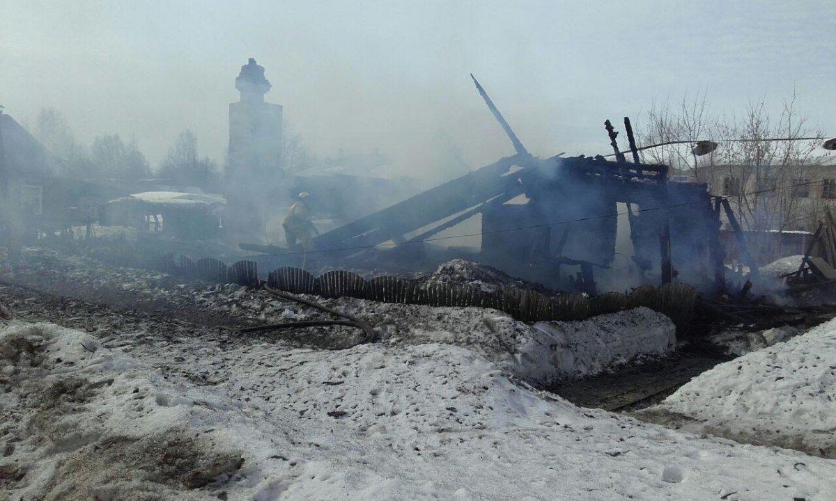 Наместе пожара вКировской области отыскали тела 3-х человек