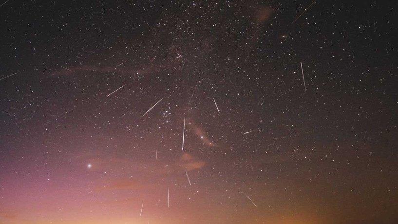 Ссегодняшнего дня можно наблюдать метеорный поток Лириды