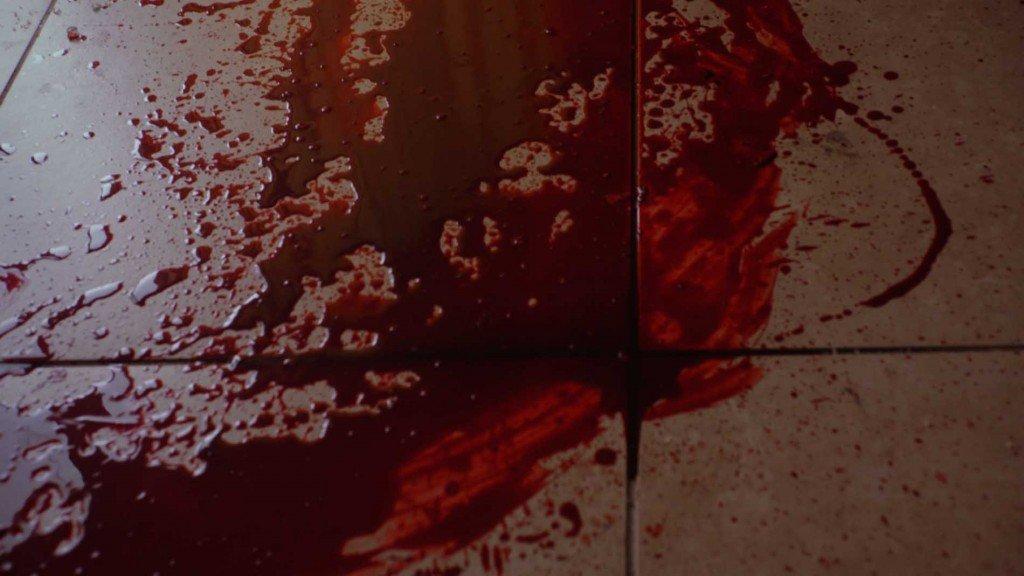 Кировчанин раскроил череп бомжу тесаком ипопытался его расчленить