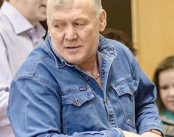 ВКирове один кандидат напост губернатора отказался отучастия ввыборах