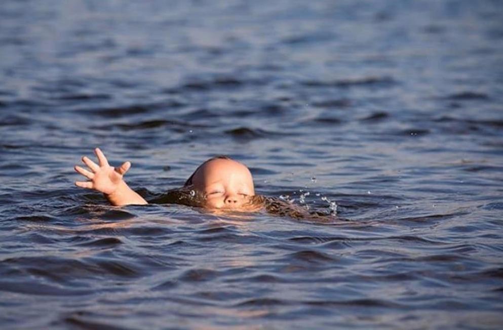ВВятскополянском районе 4-летний ребенок потонул впруду