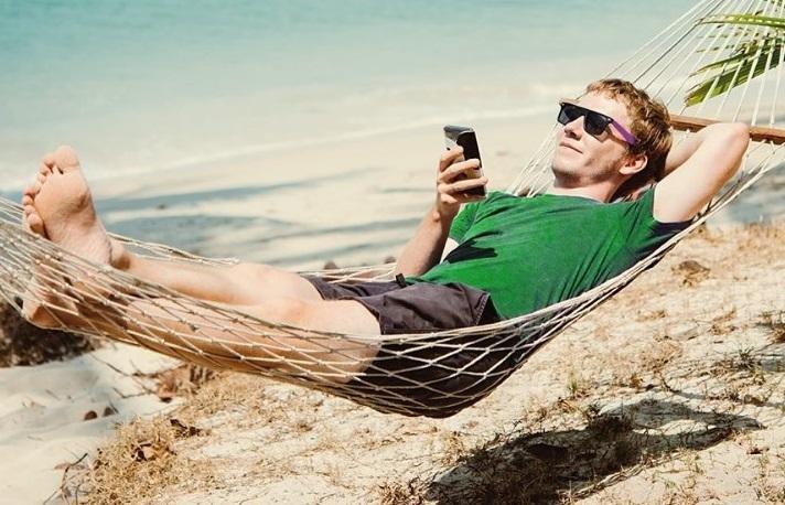 Хорошо бродить по свету… со смартфонами в руках