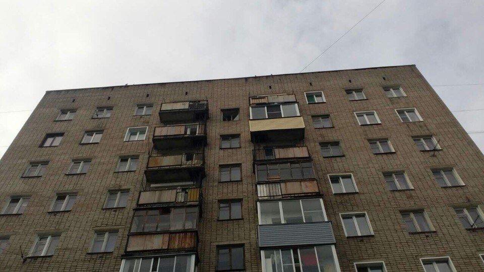 Уподъезда дома наСурикова обнаружили труп мужчины