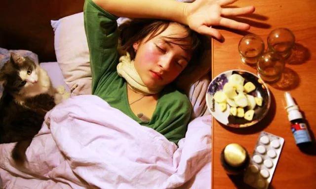 Неменее 8 тыс. граждан Барнаула заболели ОРВИ занеделю