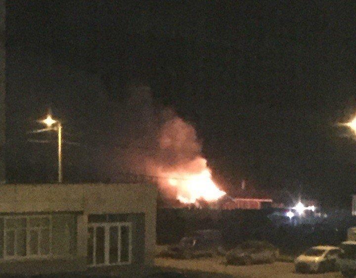 ВКирове пламенеют бани комплекса «Хлыновские палаты»