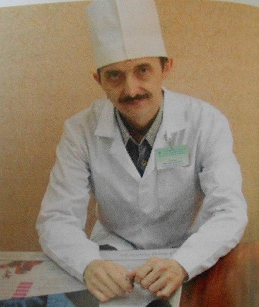 ВКирове скончался известный врач Александр Деришев