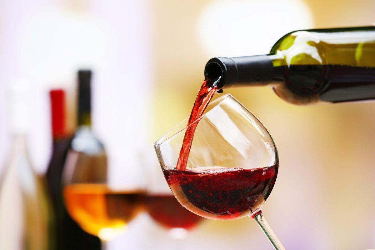 Роспотребнадзор Башкирии впреддверии Нового года рекомендует внимательно выбирать спирт