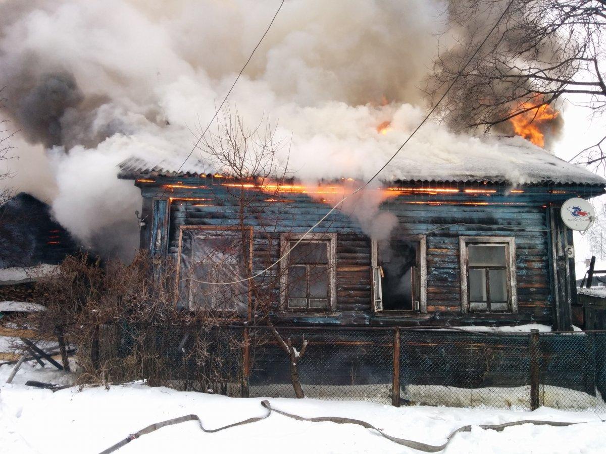В Котельниче дотла сгорел жилой дом
