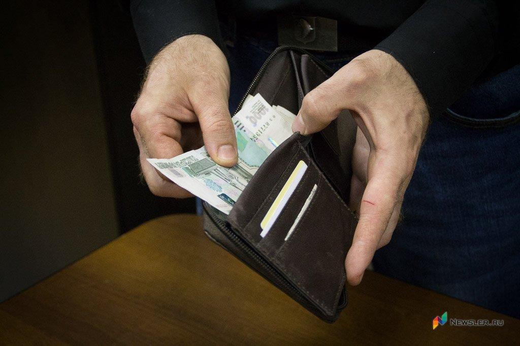 Приставы снова начали искать должников наавтостоянках пономерам авто