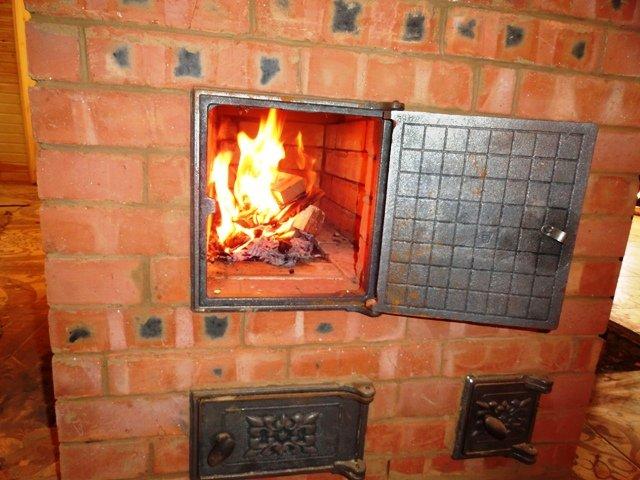 Чем топить печь чтобы не засорялись дымоходы камин топка для дома