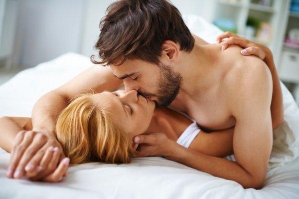 Мужчина фантазируют во время секса