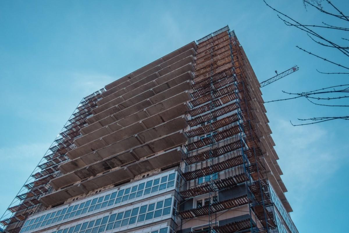 строительные компании близкие к банкротству