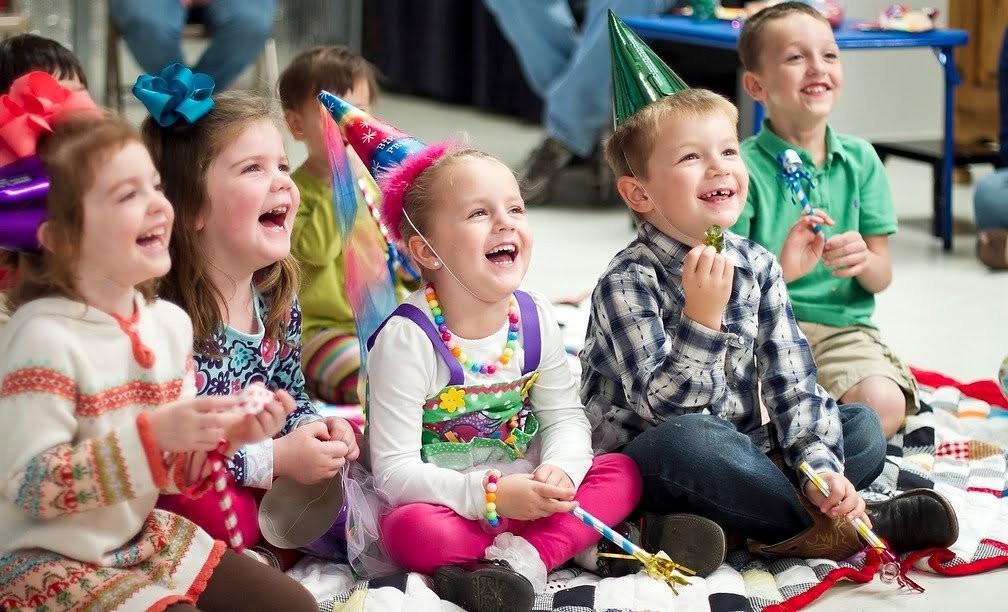 Массовые мероприятия для детей запретили до конца года